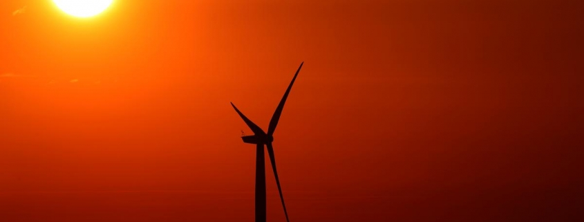 Global new clean energy investment totaled $282 billion last year: research